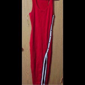 Dresses & Skirts - Red Snap Dress ✨